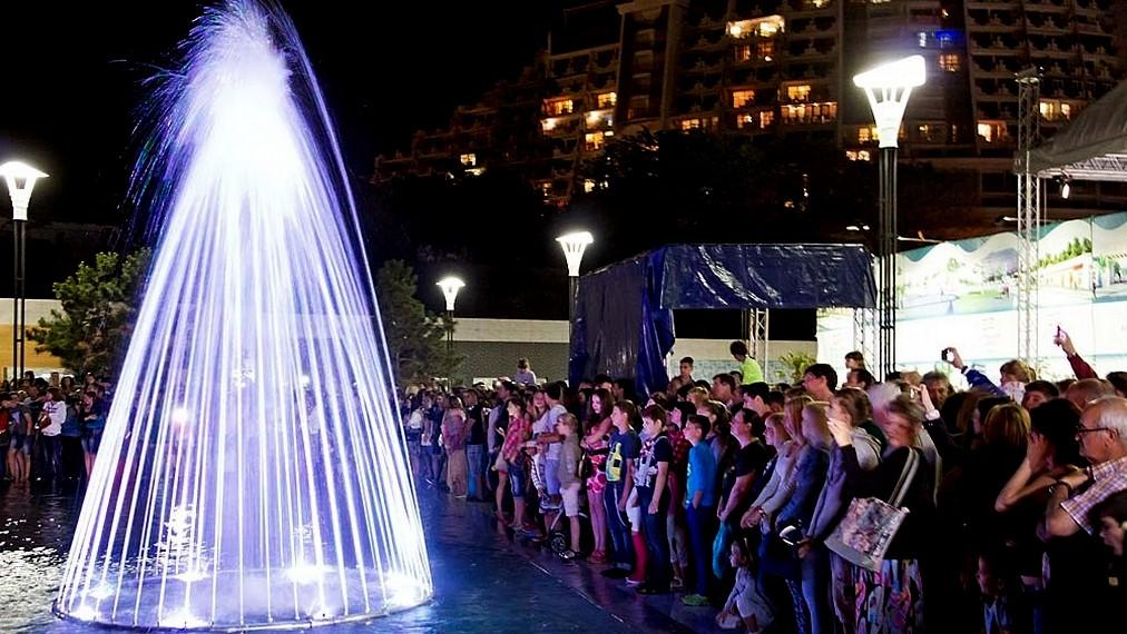 Шоу свето-музыкальных фонтанов Аркадия Сити, Одесса