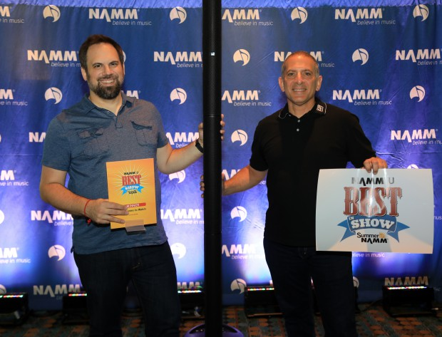AHG_Summer-Namm-2017_Award1-620x473